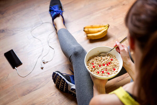 Can Nutritionists Offer Fitness Advice to Clients