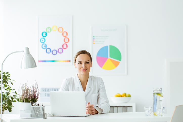 How Much Does It Cost To Become a Certified Nutritionist?