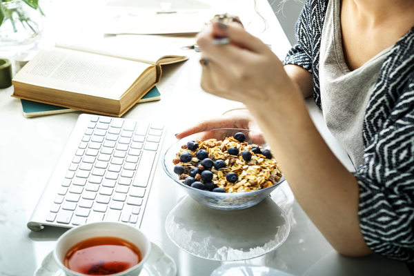 How to Help Your Clients Make Healthy Food Choices While Sheltering in Place